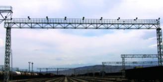 铁路站场照明灯桥